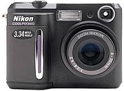 Nikon Coolpix 880 Digital Camera