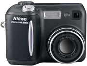 Nikon Coolpix 885 Digital Camera